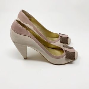 SALE Seychelles Leather Lavender Maeve Heels